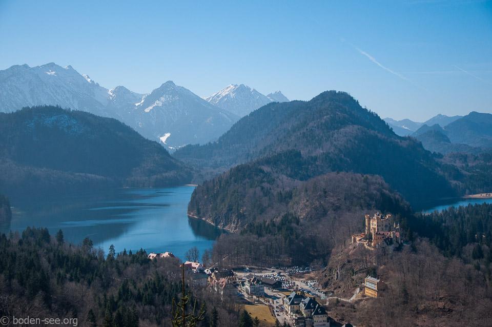Баварские Альпы. Озеро Альпзее и озеро Шванзее. Замок Хохеншвангау.