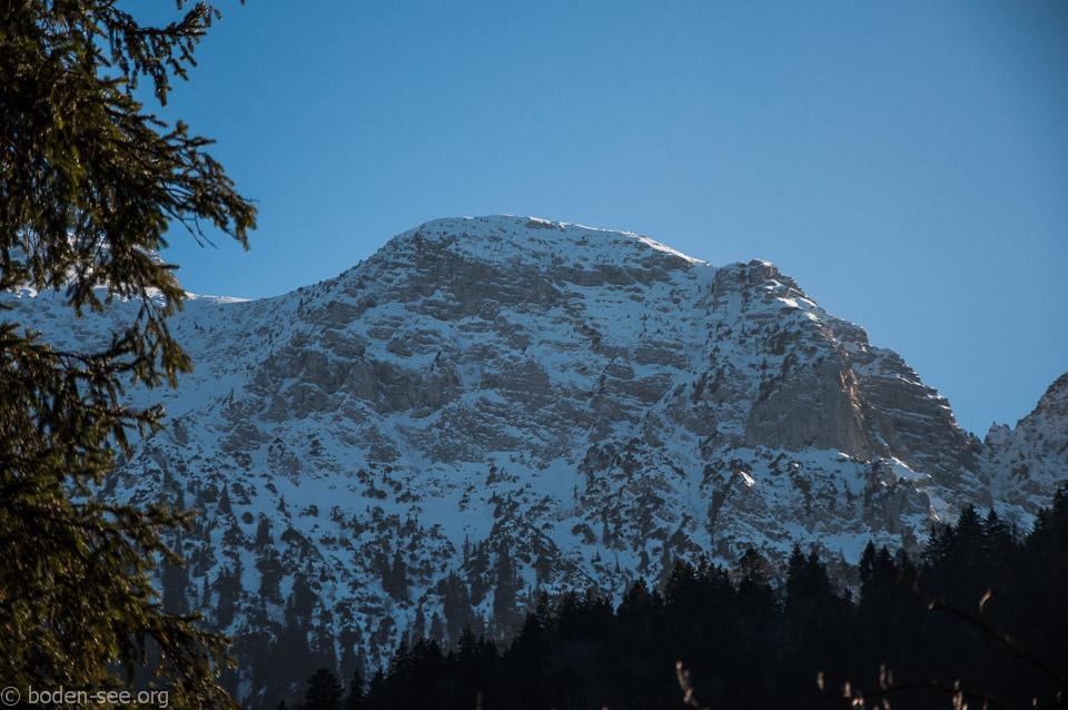 Баварские Альпы. Вид на вершину Страуссберг.