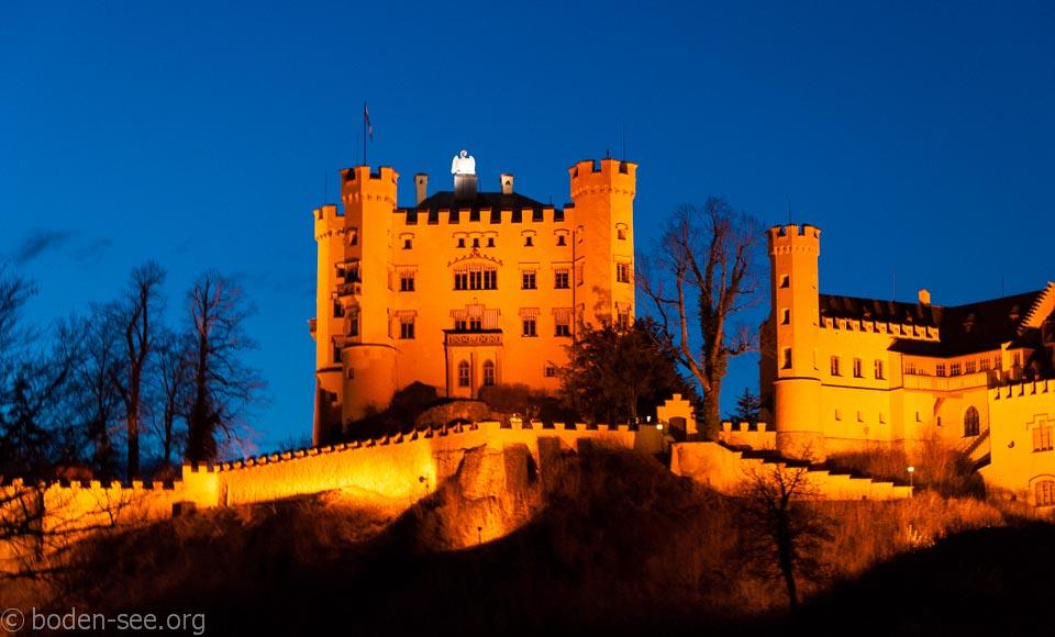 Вечерний вид на замок Хоэншвангау