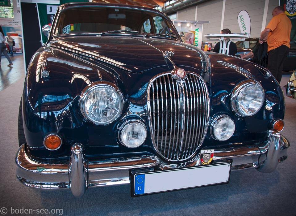 Выставка ретро автомобилей в Германии