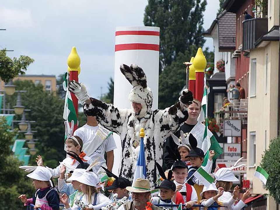 символ праздника Seehasenfest - заяц