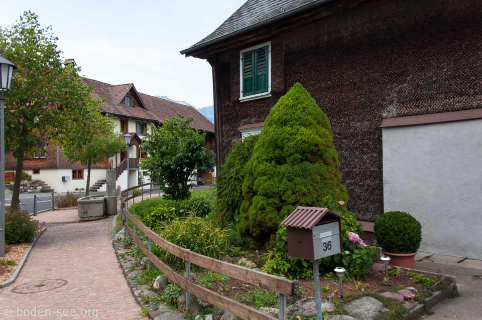дворик рядом с домом, Лихтенштейн